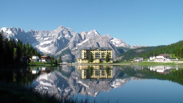 Misurina_Lake